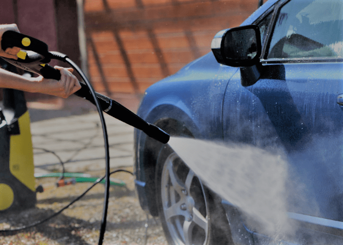 how to was a car with pressure washer